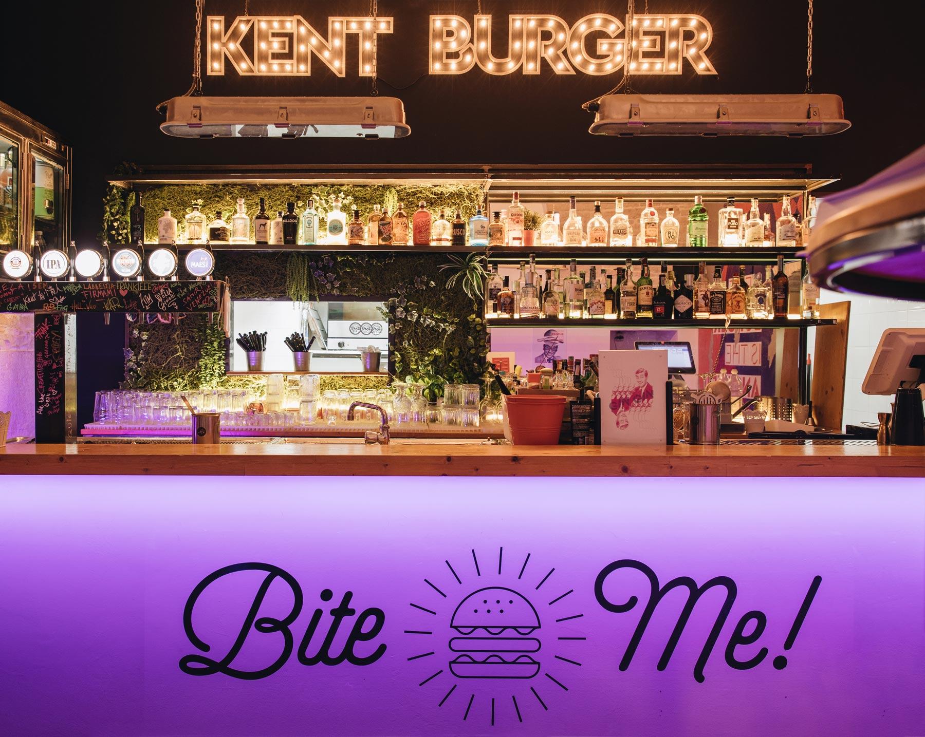 Kent Burger Terlizzi Interno Locale